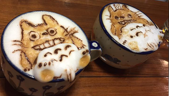 dibujo en espuma de café